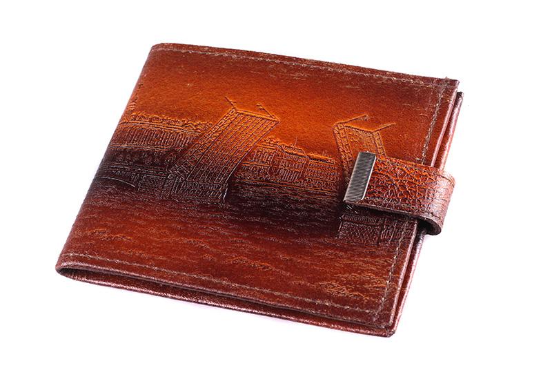 выбор кошелька: кошелек из ската цена.