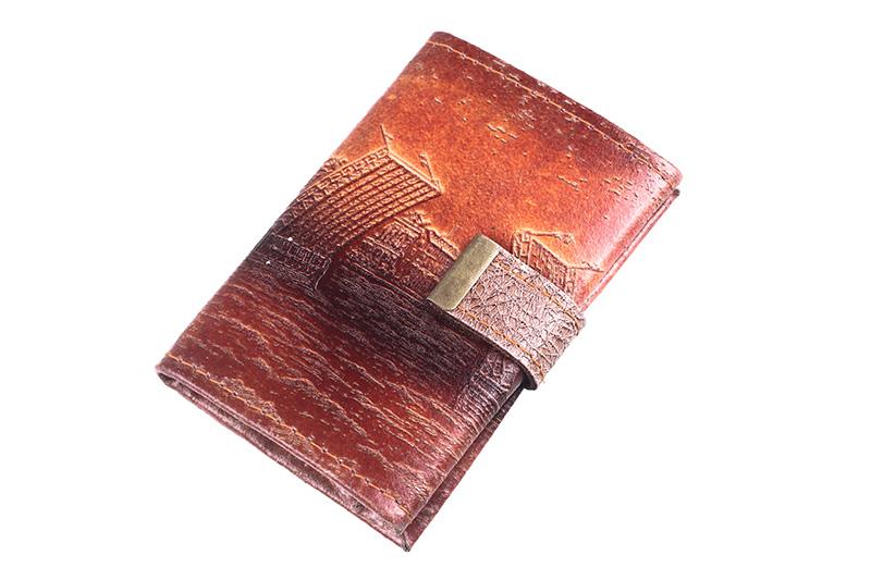 Кошелек кожаный 585, размер 11 х 8 см. Отделы для купюр, монет...